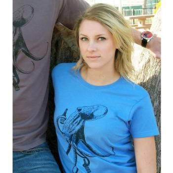 Beer Drinking Octopus Women's Tee