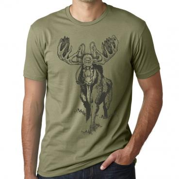 Beer drinking Maine moose funny craft beer graphic tee.